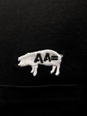 画像2: AA= PIG EMBROIDERY POCKET TEE (BK)